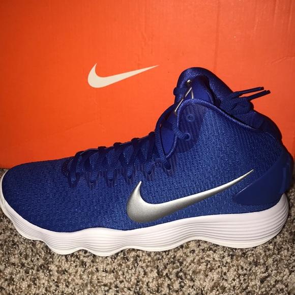 bec5ff382479 HYPERDUNK 2017 TB. NWT. Nike